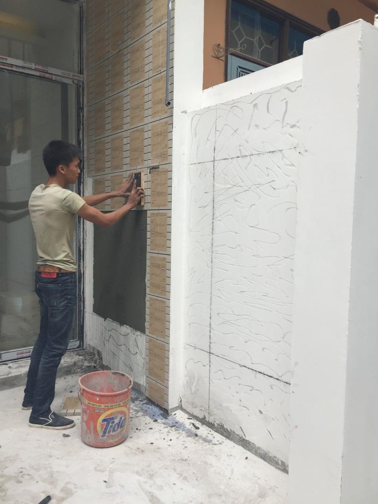 Ốp tường trong nhà