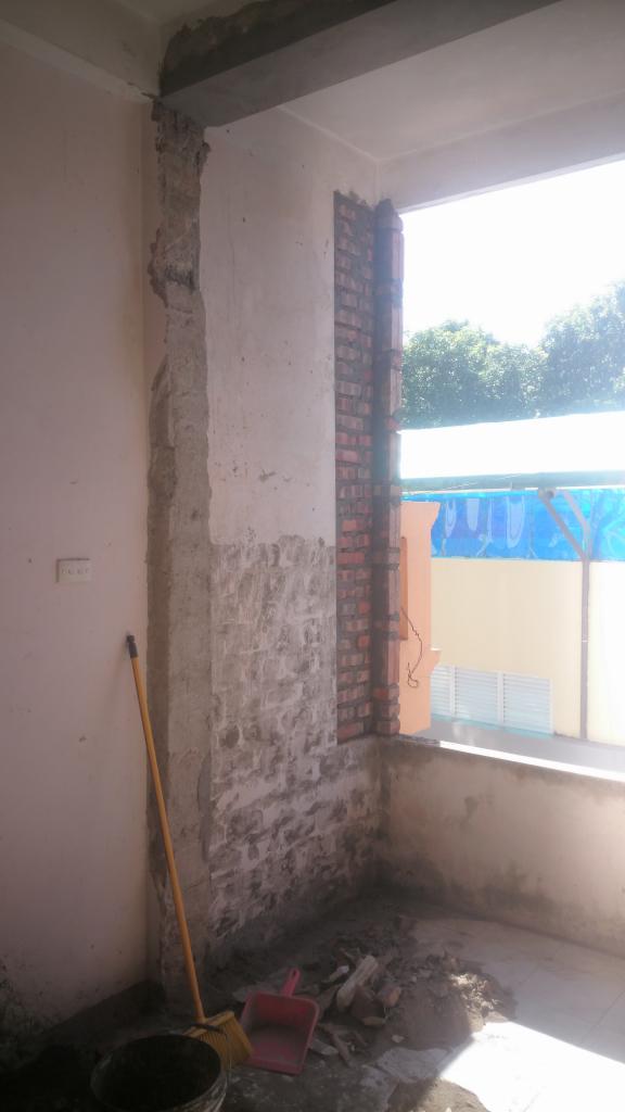 Phá tường ngăn mở rộng ban công