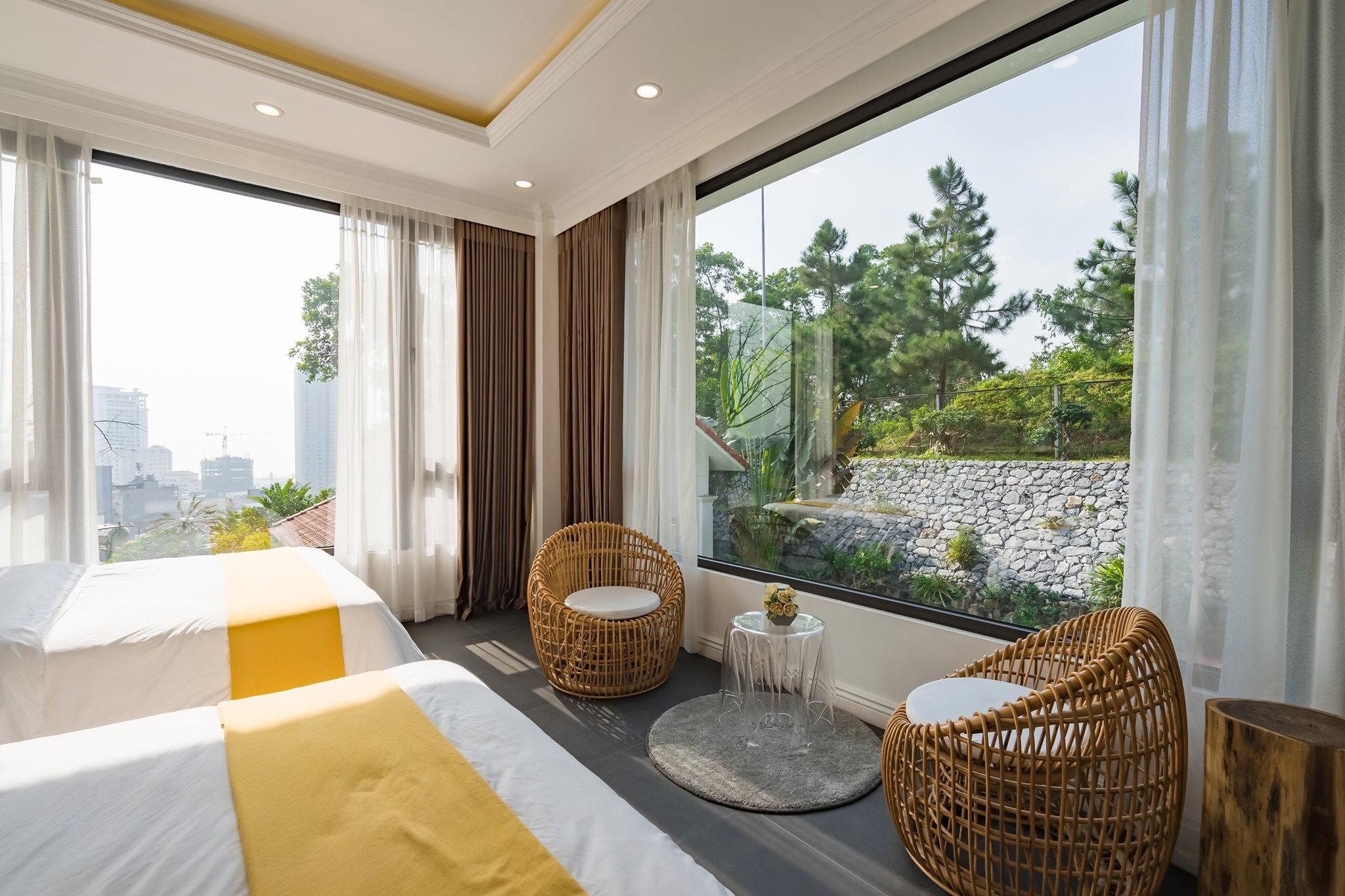 Phòng đôi view núi