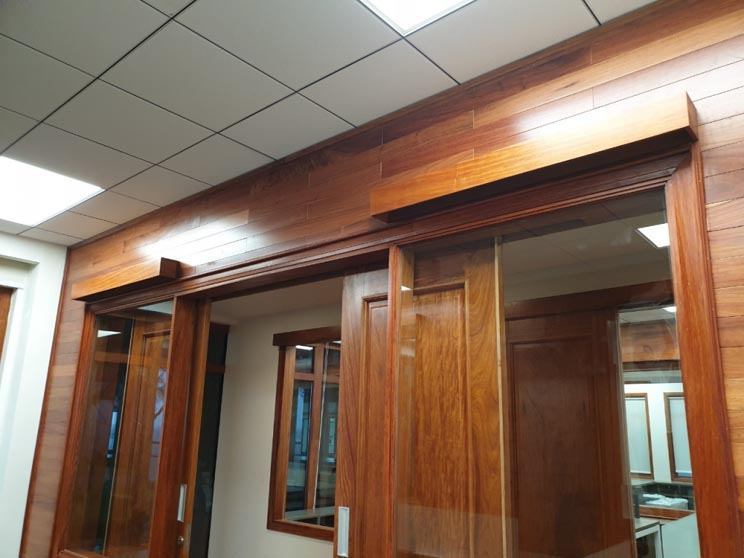 Ốp gỗ toàn bộ phòng giám đốc và phòng họp cho văn phòng