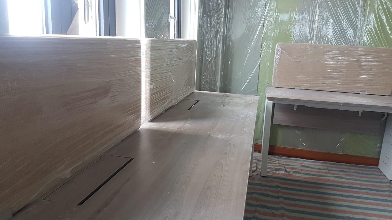Lắp đặt nội thất bên trong cho văn phòng làm việc tại Hà Nội