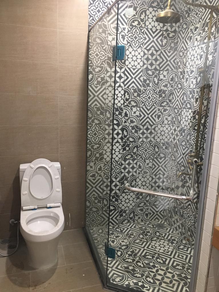 Cabin tắm đứng bao bằng kính