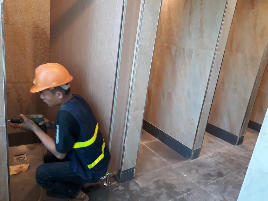 Thi công sửa chữa nhà vệ sinh văn phòng