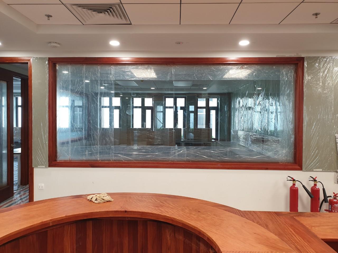 Văn phòng làm việc công ty sản xuất gỗ, quảng bá cho thương hiệu đơn vị mình