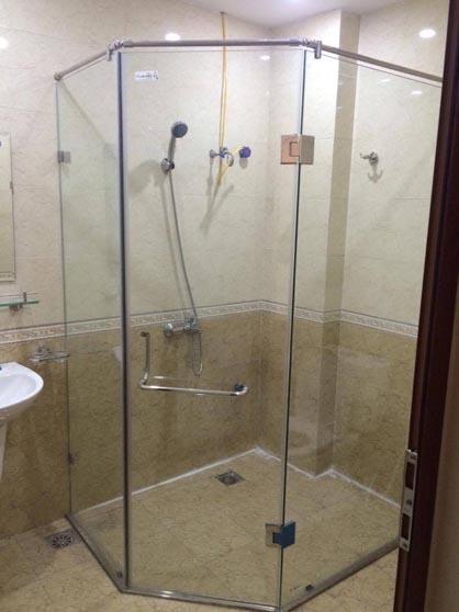 Cabin tắm điển hình