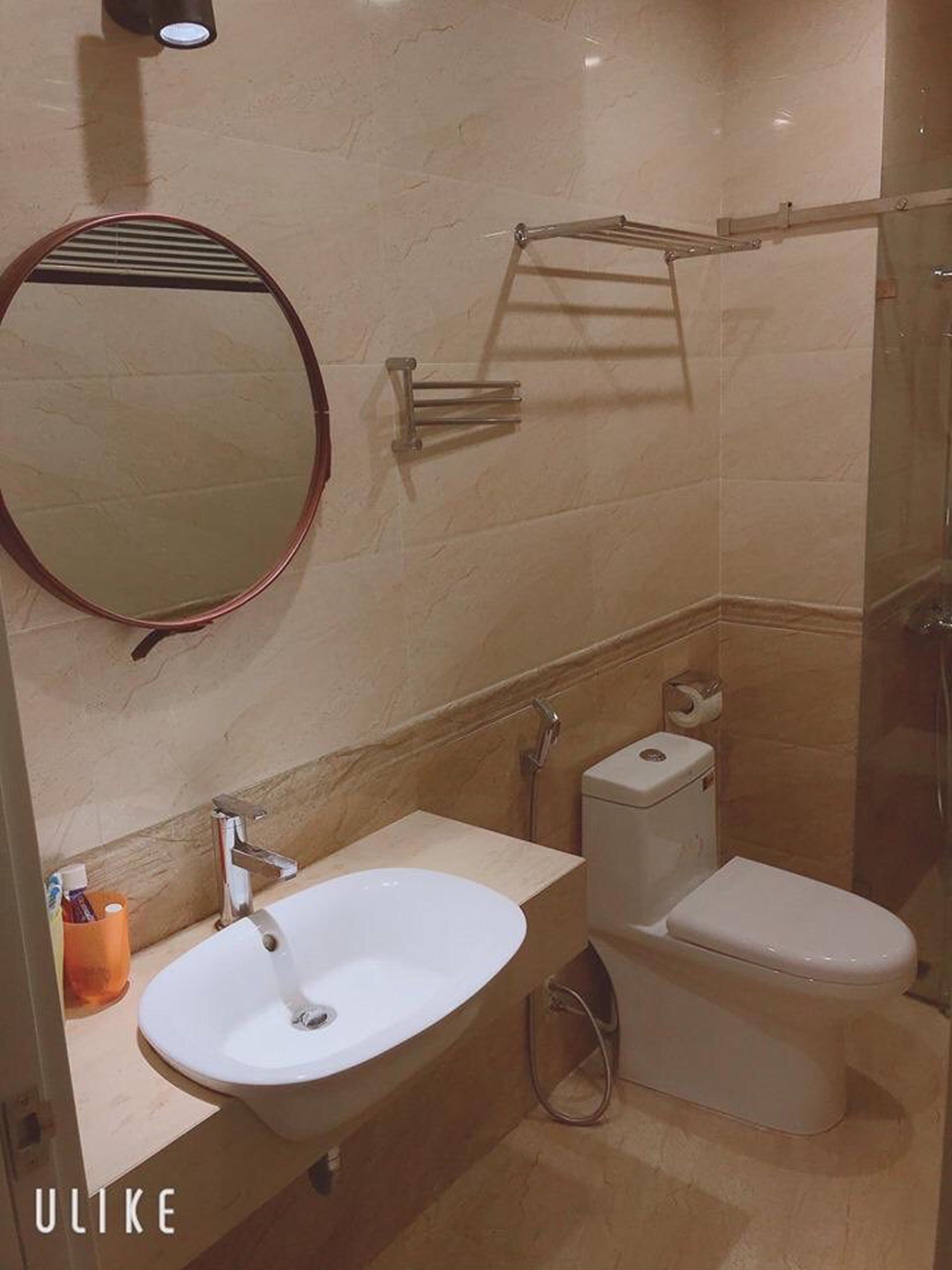 Khu vệ sinh được làm mới phù hợp công năng sử dụng